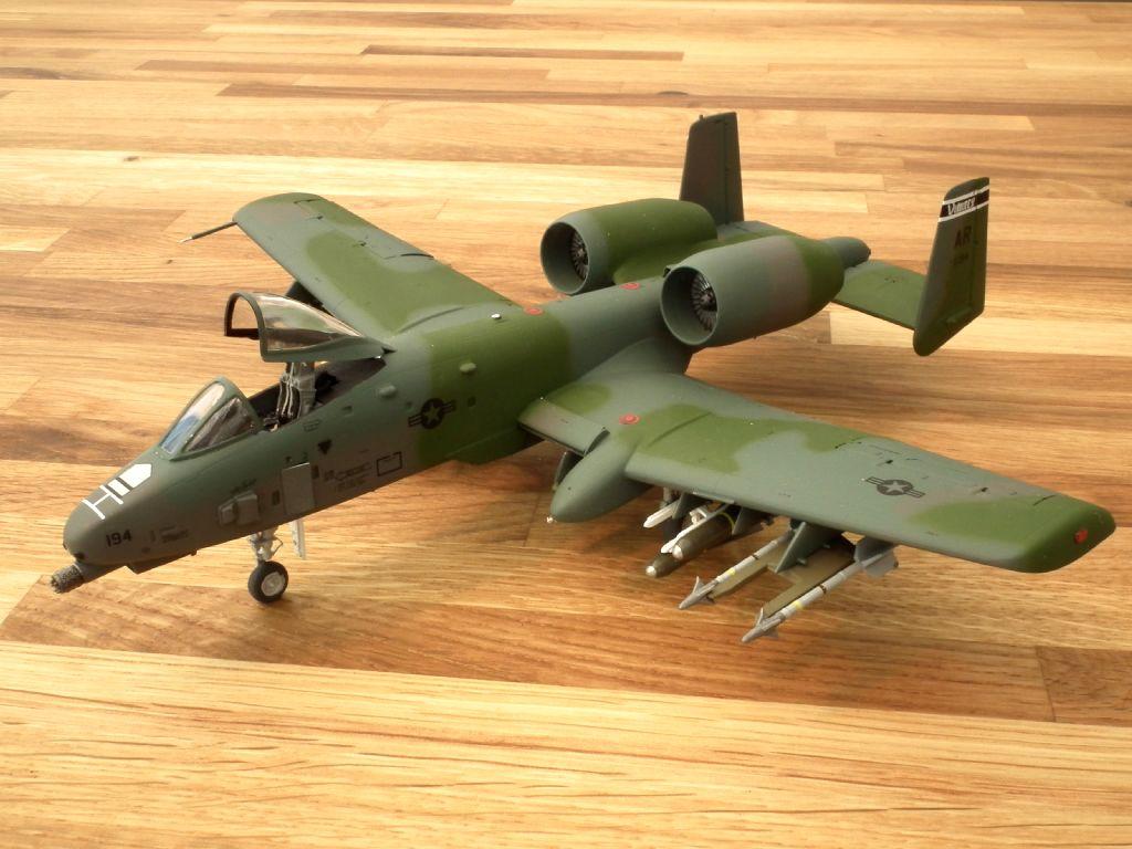 A-10A_80-0194_4002.jpg