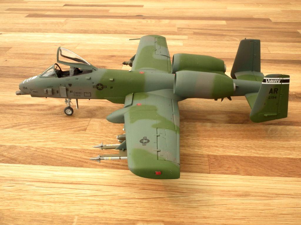 A-10A_80-0194_4003.jpg