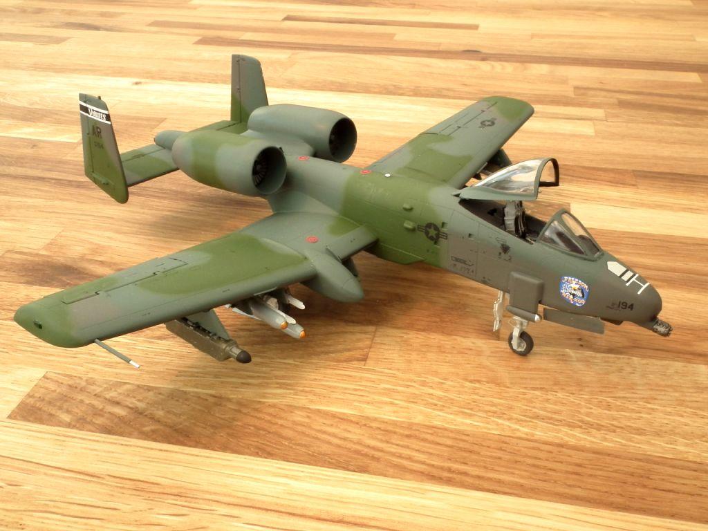 A-10A_80-0194_4008.jpg