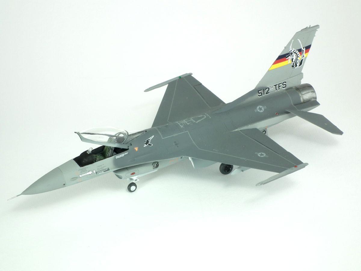 F-16C_85-1412_4001.jpg