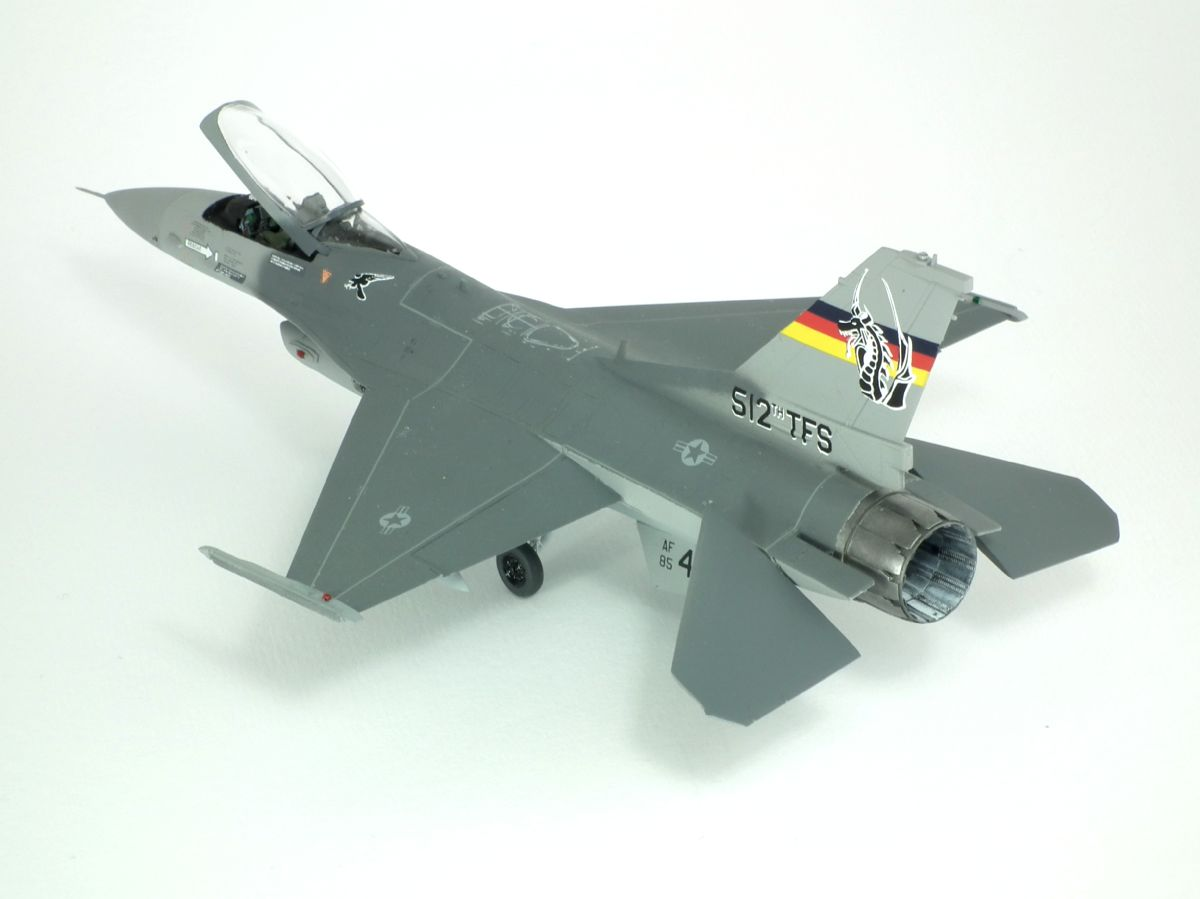 F-16C_85-1412_4007.jpg